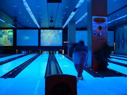 freaky_bowling_jer.jpg